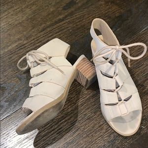 Tuner and Tate girls Heels Size 13 M